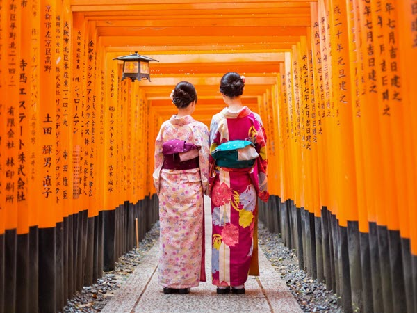 two Japanese women in kimonos